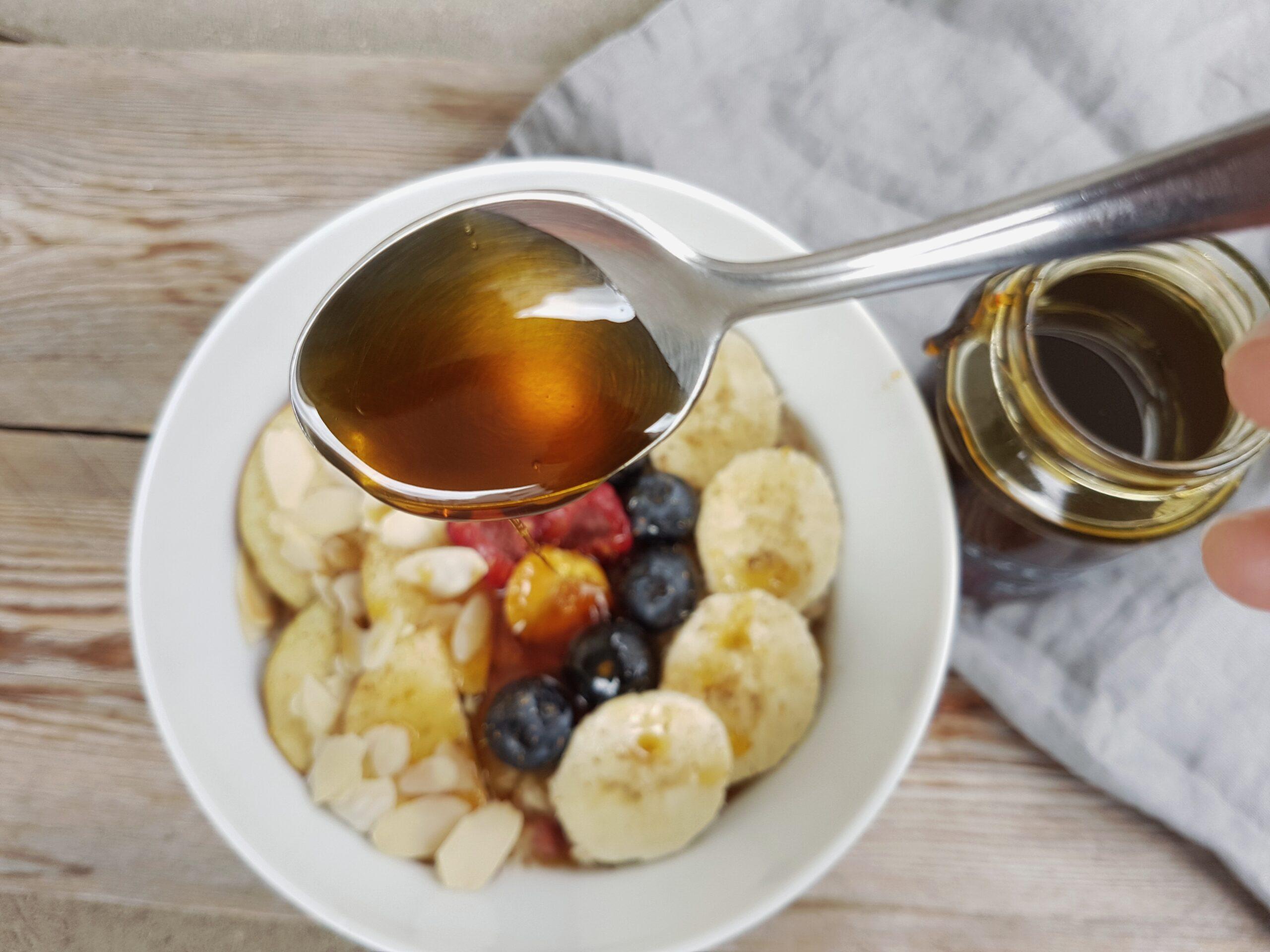 """Porridge mit Löwenzahn """"Honig"""""""